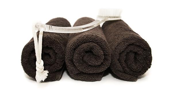 Salons prefer dark brown towels