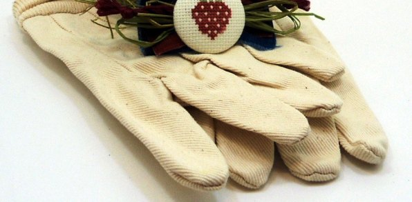 Gardening Gloves keep you safe and free from worries